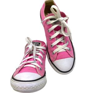 Converse All star Girls Low Top Sneakers Sz 2 UEC